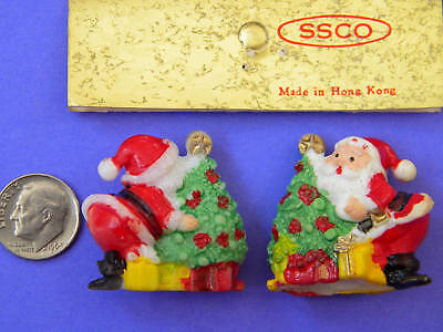 VINTAGE,COLLECTIBLE, 2 MINI, SANTAS, Made in Hong Kong