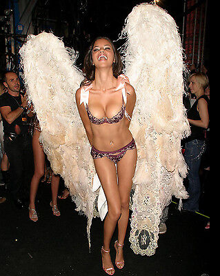 ADRIANA LIMA 8X10 PHOTO PICTURE PIC SEXY HOT CANDID 24
