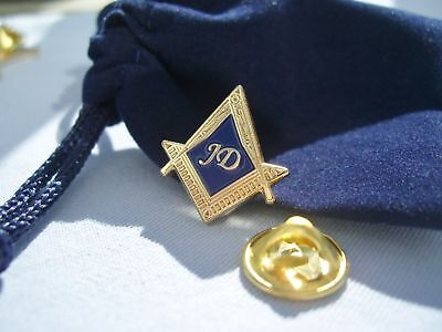 New Masonic Lodge JD Junior Deacon Lapel Pin and Pouch