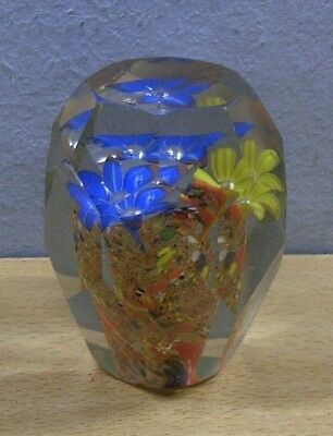 Vintage faceted Paperweight Italy Murano #K 2