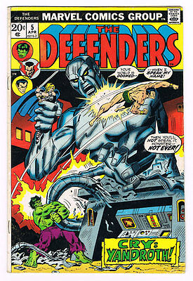 Defenders # 5 World Without End! Cry Yandroth! Scarce!