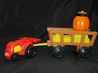 Fisher Price Little People Fall Tractor Wagon Cat New