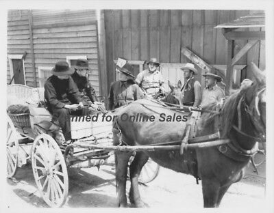 Three Mesquiteers John Wayne Stops Wagon 8x10 Photo
