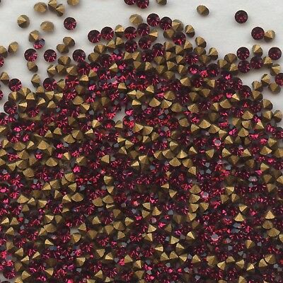 451112 *** 60 STRASS ANCIENS FOND CONIQUE RUBY 2,1mm