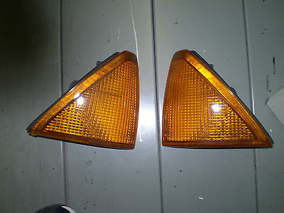 2 X Freccia Frecce Anteriori Alfa Romeo 75 Turbo 2,5 V6 Front Turn Lights