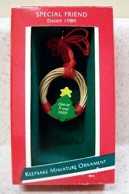 1989 Hallmark Miniature Ornament - Special Friend, Wreath
