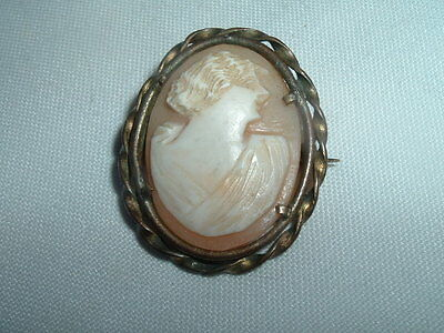 Vintage Estate Victorian Carved Shell Cameo Pin In Braided Brass Frame, In Box