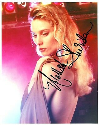 NICOLLETTE SHERIDAN AUTOGRAPHED SIGNED 8X10 PHOTO LIGHTS
