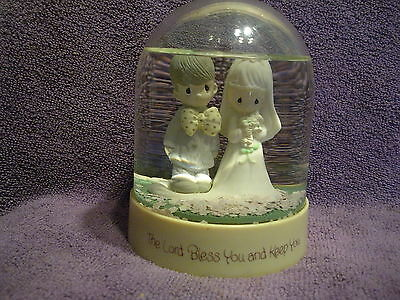 Precious Moments Snow Dome Waterball 1983 The Lord Bless You and Keep You
