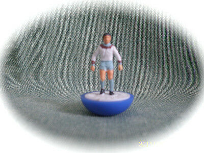 Subbuteo Giocatore Singolo  Ref. 327  West Ham United 2Nd.