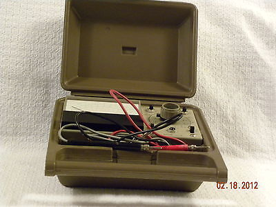 Heathkit Utility Solid State Voltmeter Model IM-17 in Case