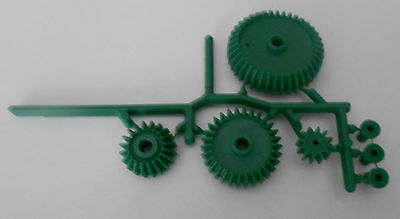 4 Pc. Gear Set with 3 Bushings - Plastic Mechanical Gears - Green - New