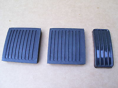 Land Rover Defender Pedal Pad Pedal Rubber Set - New Pedal Pad Rubbers