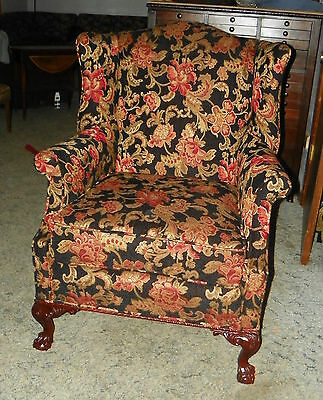 Walnut Carved Wingback Parlor Chair Armchair  (AC49)