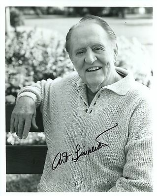 ART LINKLETTER HAND SIGNED 8x10 PHOTO+COA      AWESOME POSE
