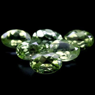 15.93 CT PERIDOT  LOT DE 32 PIECES pierres précieuses fines gems 121468