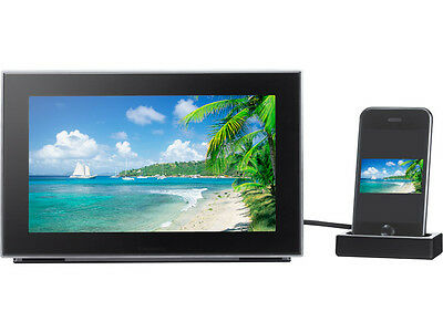 """Panasonic MW-20 Audio System with 9"""" LCD Digital Photo Frame, for iPod / iPhone"""