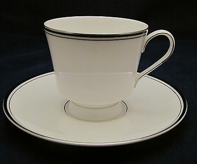 MIKASA BRIARCLIFFE CUPS & SAUCER(S)
