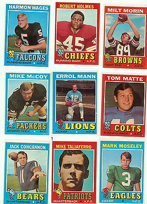 1971 Topps Football you pick commons 6 picks for $2.50  VG and better