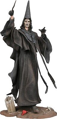 """Harry Potter - 7"""" Death Eater w/ Wand & Base - NECA Series 1"""