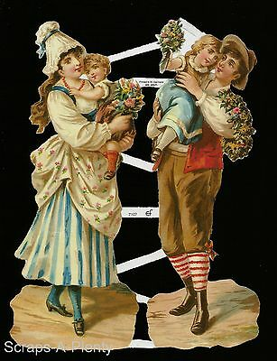 German Embossed Vintage Style Scrap Die Cut Relief - Mom Dad Children EF7107