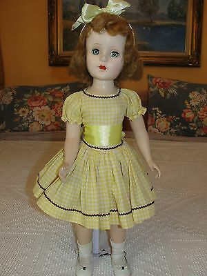 """So Pretty 21"""" Vintage American Character Doll - Sweet Sue"""