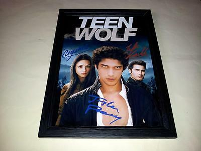 """Teen Wolf Cast X3 Pp Signed & Framed 12""""x8"""" Poster Tyler Posey Crystal Reed"""