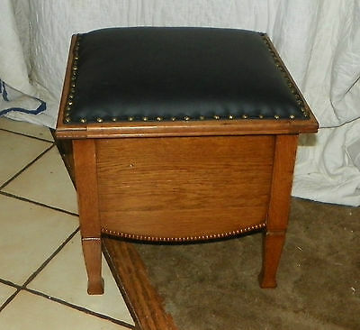 Quartersawn Oak Footstool / Stool with Black Leather Top  (ST102)