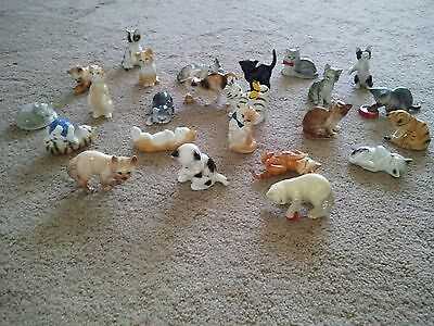 Cats of Character fine bone china cats Set of 25