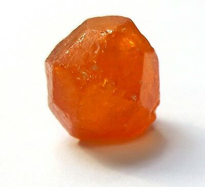 15.67 Carats Natural Raw ROUGH CUTTABLE Spessartite Garnet