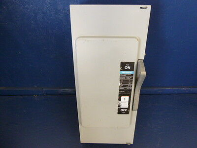 Siemens I.T.E. Enclosed Switch Normal Duty 200A 240VAC 3-PH Type 1 JN424