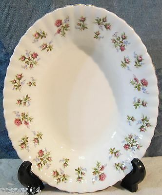 """9"""" Oval Serving Bowl Royal Albert Winsome (Bouquet Of Roses)  Bone China England"""