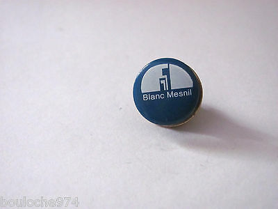 "Pin's /pins / Badge   Ville De France  "" Blanc Mesnil """