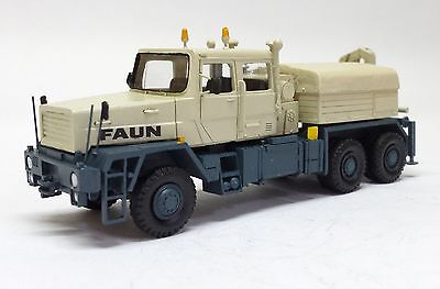 HO 1/87 Faun HZ 40.45/45W 6x6 with crane - Readymade Resin Model