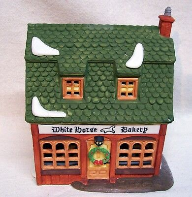 Department 56 Dickens' Village White Horse Bakery 1988 W/Box #5926-9