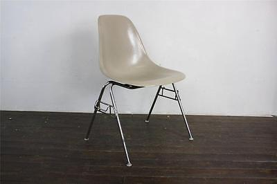 EAMES DSS CHAIR HERMAN MILLER STACKING BASE 50s 60s LIGHT GREIGE