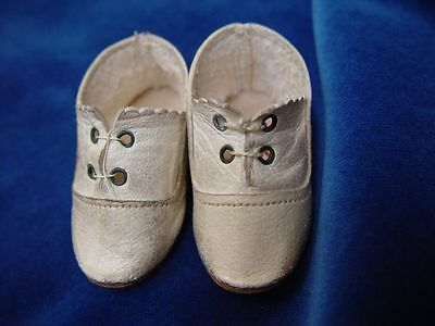 Antike Puppenschuhe um 1900 antique doll shoes dated about 1900