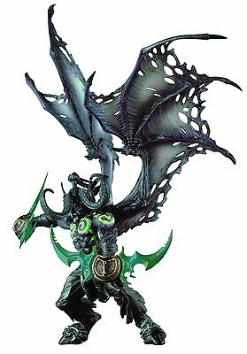 World of Warcraft Demon Form ILLIDAN STORMRAGE Deluxe Collector Boxed Figure