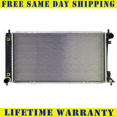 Radiator For Ford Lincoln Fits Expedition Navigator 4.2 4.6 5.4 V8 8Cyl 2257