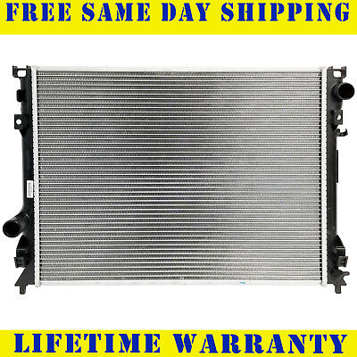 Radiator For Chrysler Dodge Fits 300 Charger Magnum 2.7 3.5 5.7 6.1 V8 2766