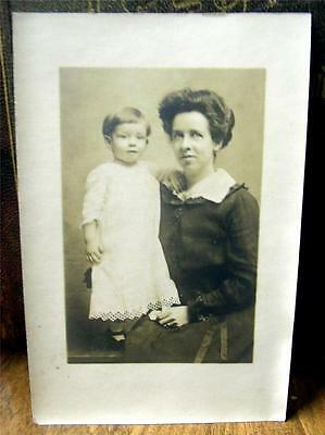 Great Old Antique 4 X 6 1/4 Inch Photo Beautiful Mother & Child Nice  HL