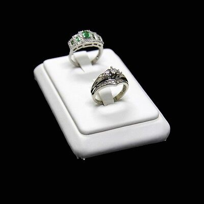 Ring Display In A Low And Vertical Style With 2 Clips White Faux Leather