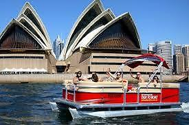4 Hours Ticket Self Drive Boat hire, Up to 7 People, free petrol , No Licence Rq