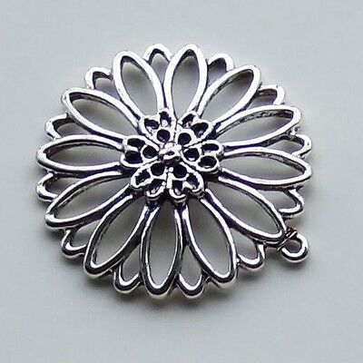 10pcs Antiqued Silver Alloy Round Flower Pattern Pendant Charms 01170