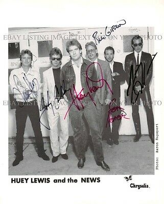 HUEY LEWIS AND THE NEWS SIGNED AUTOGRAPHED 8x10 RP PHOTO GREAT CLASSIC ROCK