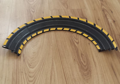 MICRO SCALEXTRIC TRACK - L7550 Banked Curves / Bends x 4