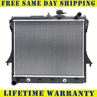 Radiator For Chevy GMC Hummer Fits Colorado Canyon H3 H3T 3.5 3.7 5.3 2855