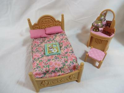FISHER PRICE Loving Family Dollhouse Bedroom Furniture Sweet Melodies