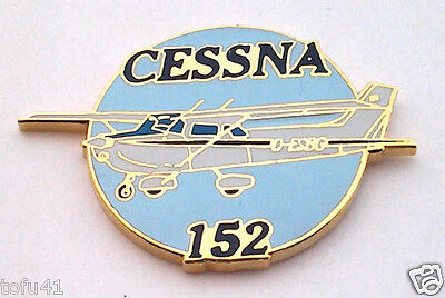 CESSNA 152  AIRPLANE Hat Pin P18066 EE
