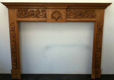 Antique Style Lime Wooden Hand Carved Fireplace Surround Mantelpiece (BC323)